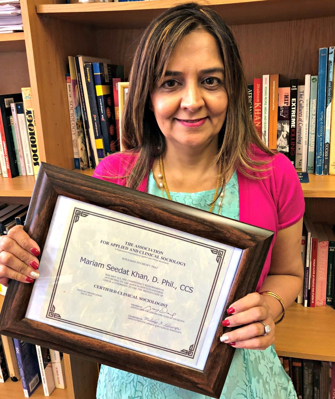 Academic Becomes One of 25 Certified Clinical Sociologists in the World